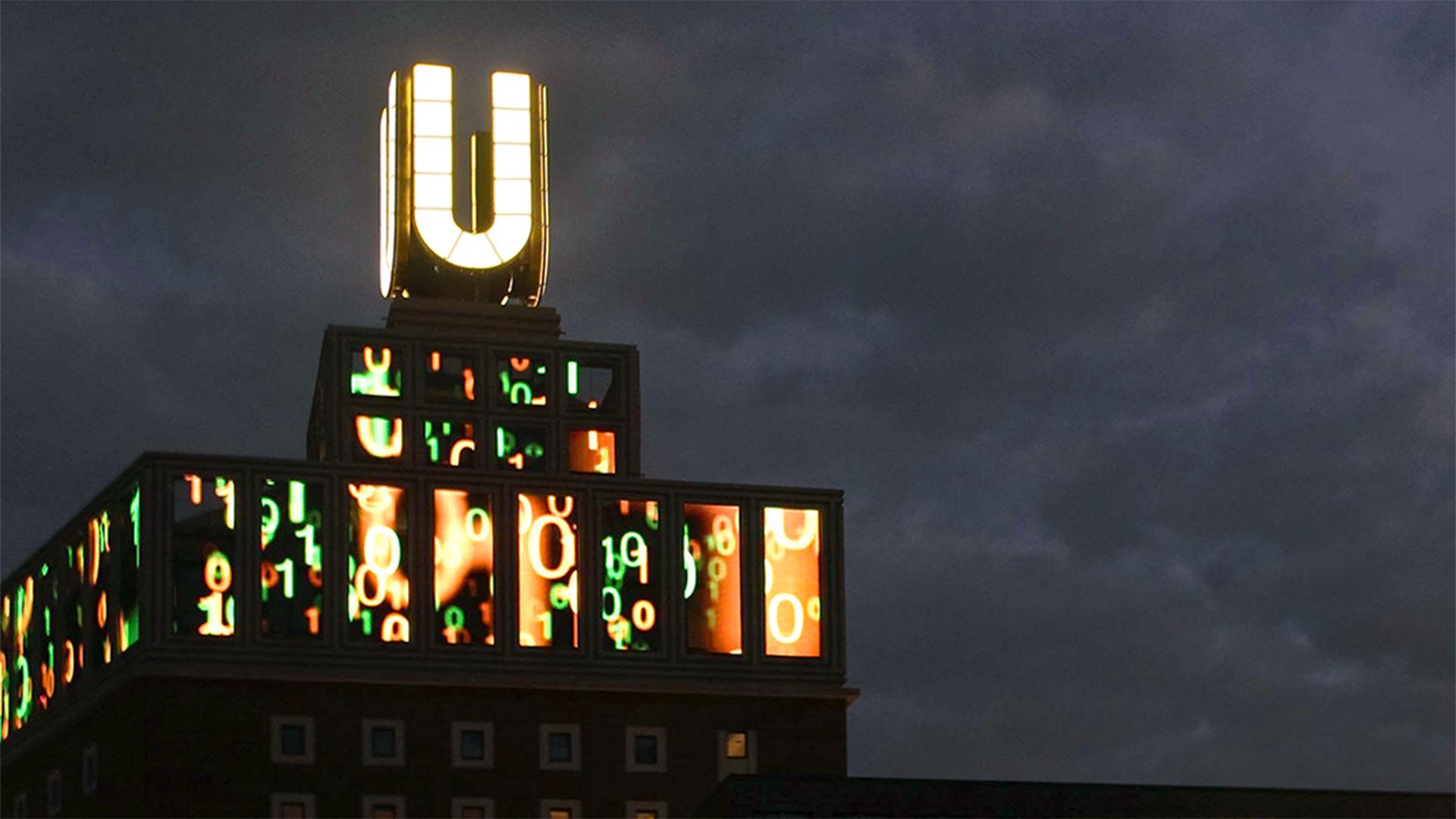 Foto Dortmunder U im Abendhimmel